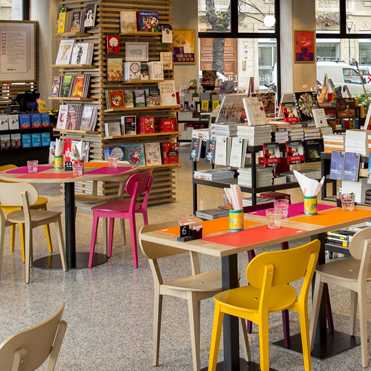bistrot libreria food retail RED